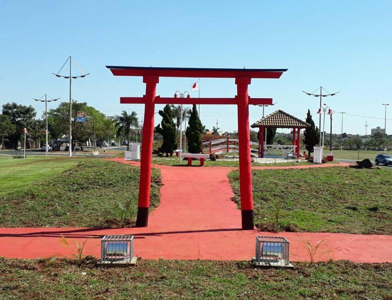 Entrega das obras de revitalização da Praça do Japão