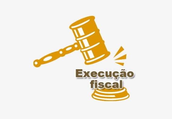 Executivo utiliza lei de Paulo Correa após ser questionado sobre ajuizamento de ações para cobrar centavos de devedores