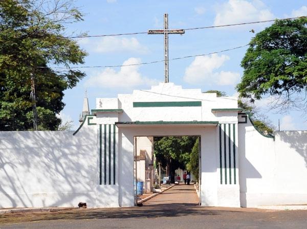 Potencial de expansão do cemitério é uma área de 2.016,26m², afirma secretário Ronaldo Câmara