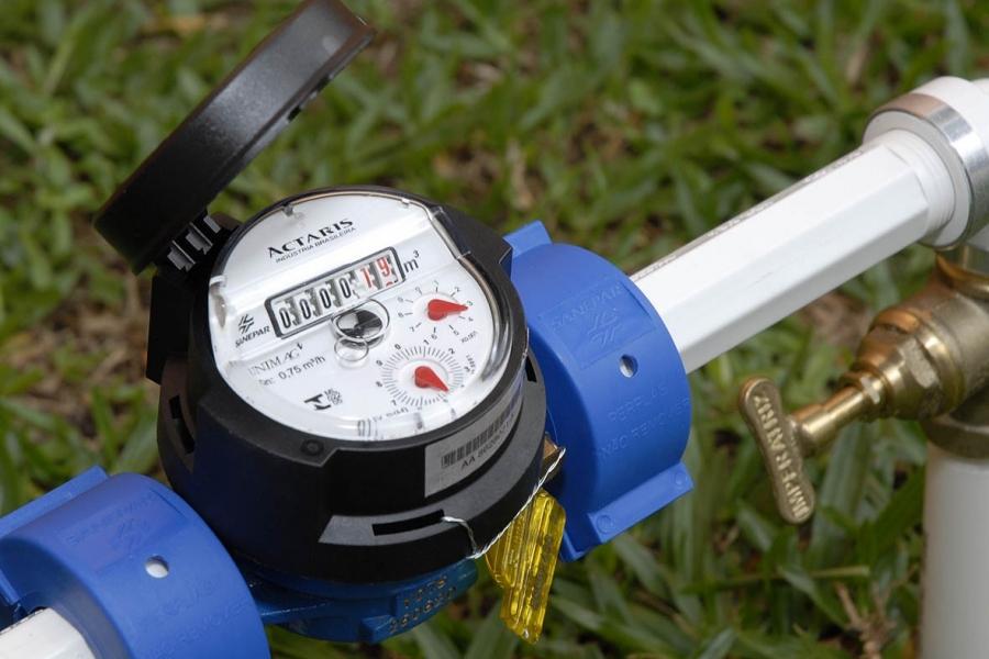 Paulo Correa propõe cobrança diferenciada da tarifa de água para consumidores de até 10m³