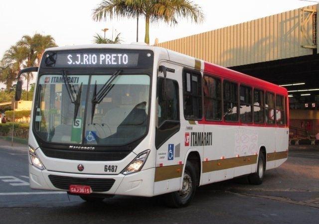 Paulo Correa questiona superlotação e cobra linha convencional de ônibus para São José do Rio Preto
